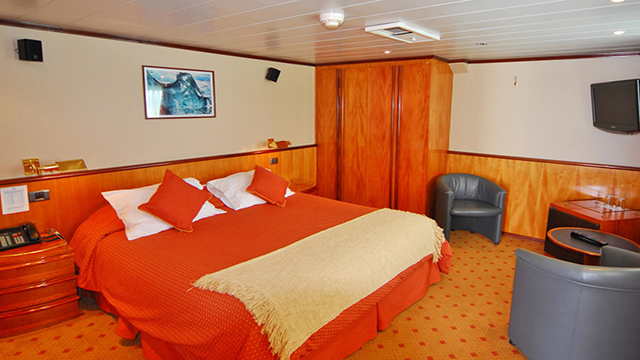 Suite Junior Cabin Athos Deck